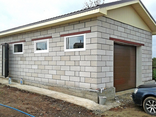 Постройка гаражей на придомовой территории