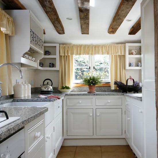 Дизайн маленькой кухни: 20 фото идей интерьера маленьких