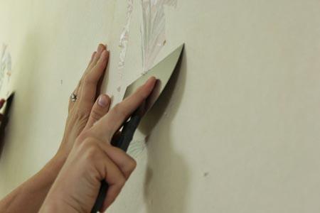 Как подготовить стену для новых обоев?