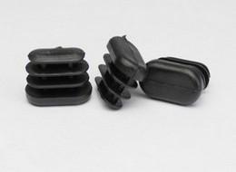 Применение пластиковых заглушек для труб