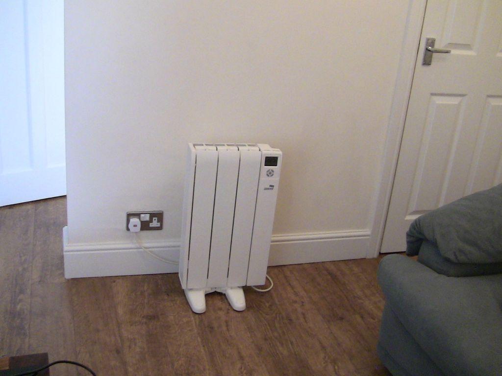 - Calefaccion electrica o gas ...