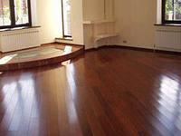 Окрашиваем деревянные полы правильно