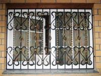 Как купить кованые решетки на окна