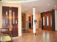 Отечественные и импортные металлические двери