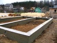 Разумный компромис между ценой и качеством при строительстве фундамента под дом